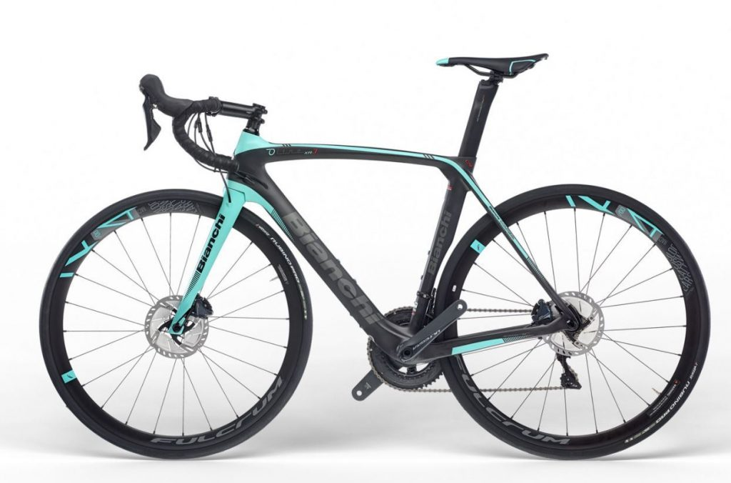 bianchi-oltre-xr3-disc-ultegra-aero-road-bike-1