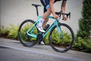 Bianchi-Aria-Aero-Road-Bike-Celeste-2