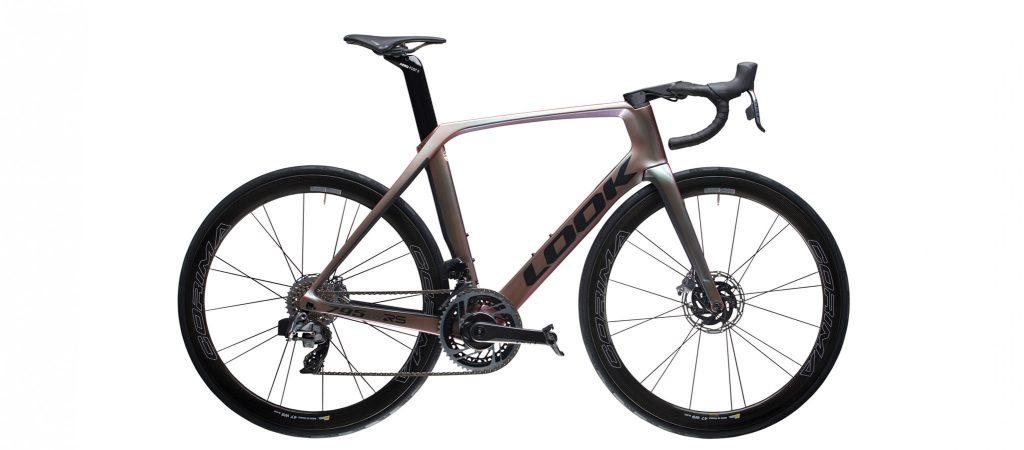Look-795-blade-rs-disc-carbon-road-bike-aero-sram-red-axs-chamaleon