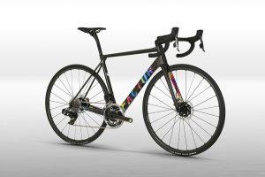 Factor-o2-vam-lightweight-road-bike-Ataquer-1
