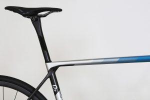 factor-o2-lightweight-roadbike-climbing-endurance-miami-blue-4