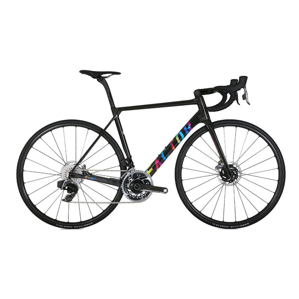 Factor-o2-vam-lightweight-road-bike-Ataquer-main
