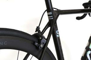 Factor-o2-vam-lightweight-road-bike-naked-chrome-3
