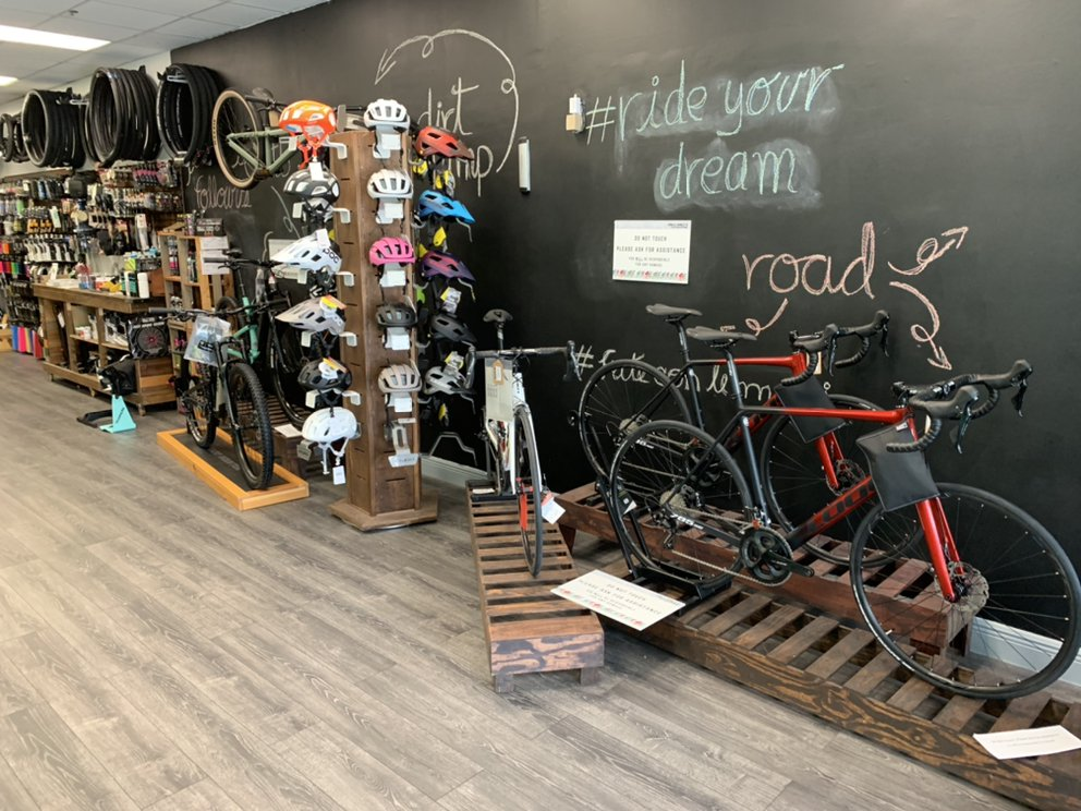 Collareta-Cycling-Bike-Shop-Plantation-FL-helmets