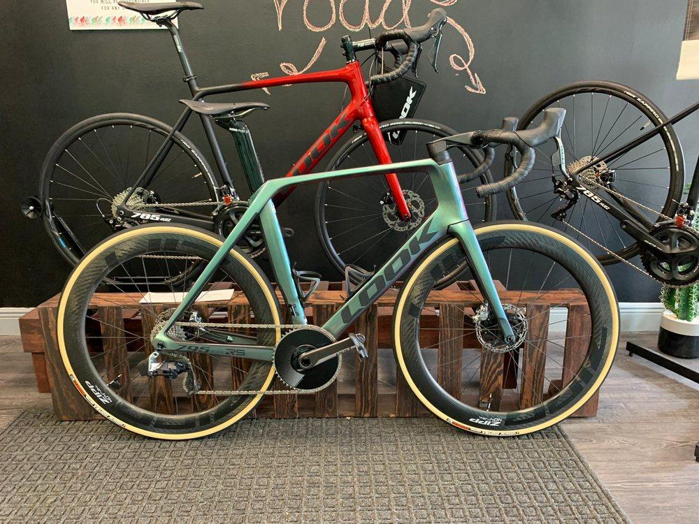 Collareta-Cycling-Bike-Shop-Plantation-FL-Look-bikes