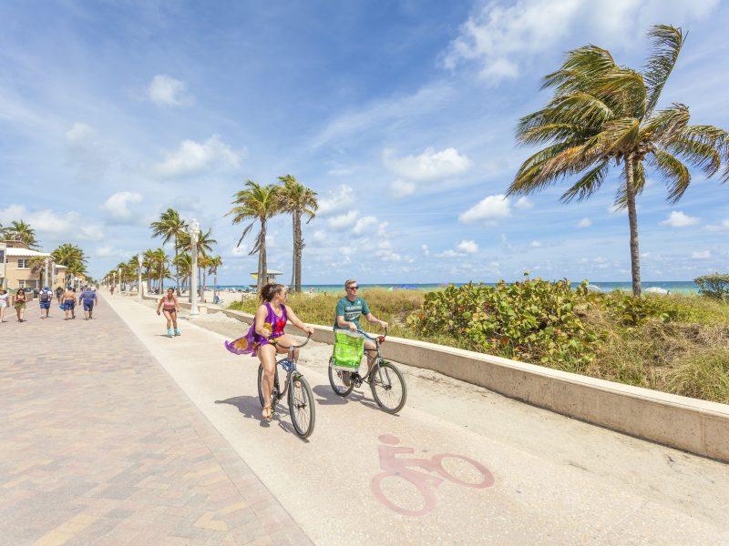 Classique-Pro-Classic-Pedals-lifestyle