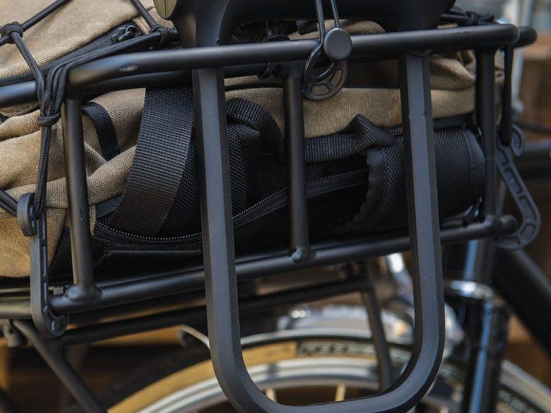 blackburn-basket-front-or-rear-rack-lock-holster