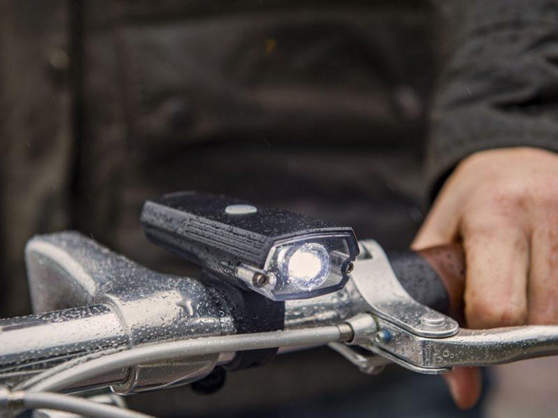 blackburn-dayblazer-400-front-light-handlebars