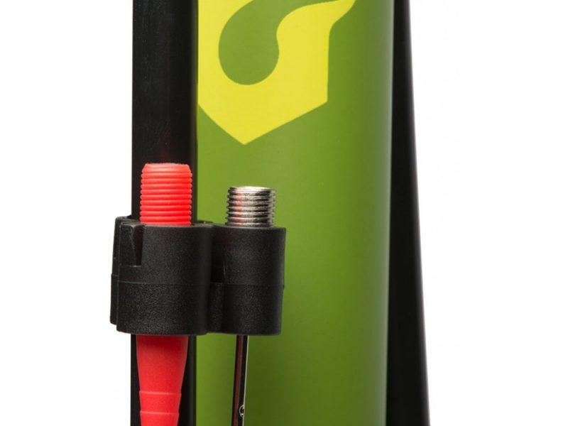 blackburn-piston-1-floor-pump-needle-storage